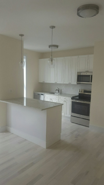 4 Bedrooms, Beverley Square East Rental in NYC for $3,100 - Photo 1