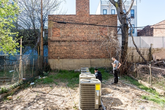 2 Bedrooms, Bushwick Rental in NYC for $2,545 - Photo 2