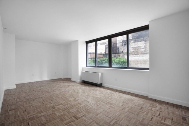 Studio, Hell's Kitchen Rental in NYC for $2,680 - Photo 1