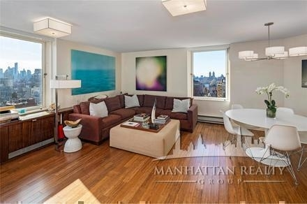 2 Bedrooms, Yorkville Rental in NYC for $3,800 - Photo 2
