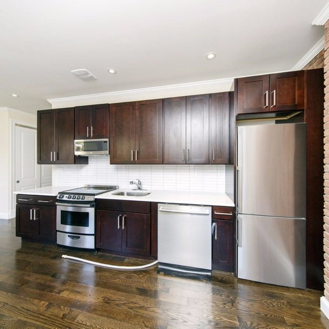 3 Bedrooms, Turtle Bay Rental in NYC for $4,575 - Photo 1