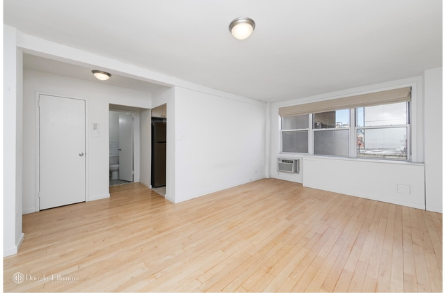 Studio, Chinatown Rental in NYC for $2,400 - Photo 2
