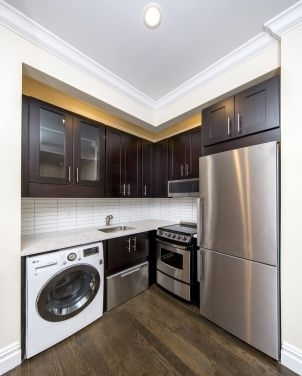 2 Bedrooms, West Village Rental in NYC for $3,990 - Photo 2
