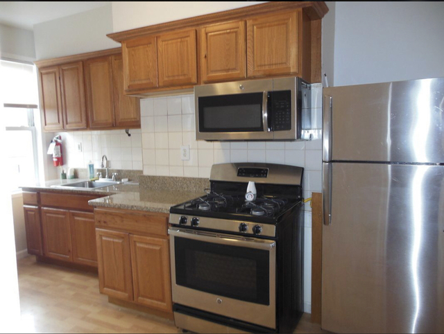 2 Bedrooms, Greenwood Heights Rental in NYC for $2,300 - Photo 1