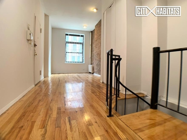 Studio, Yorkville Rental in NYC for $2,095 - Photo 1