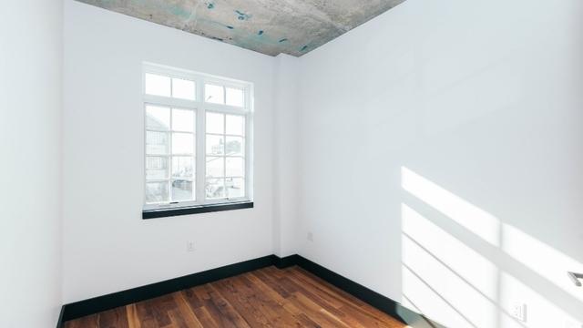 3 Bedrooms, Ridgewood Rental in NYC for $3,416 - Photo 2