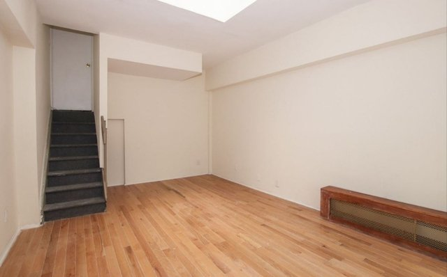 3 Bedrooms, Murray Hill Rental in NYC for $5,400 - Photo 2