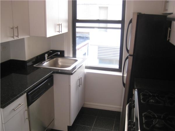 2 Bedrooms, Murray Hill Rental in NYC for $3,850 - Photo 2
