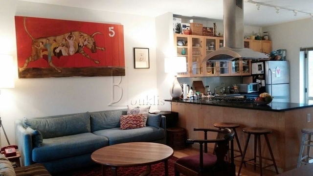 2 Bedrooms, Financial District Rental in NYC for $5,860 - Photo 2