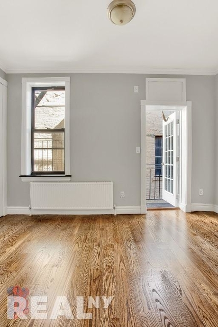4 Bedrooms, East Village Rental in NYC for $6,229 - Photo 1