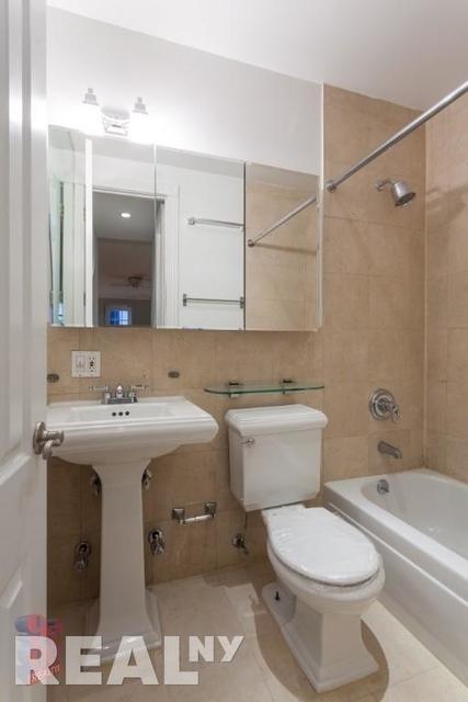 1 Bedroom, Alphabet City Rental in NYC for $2,929 - Photo 2