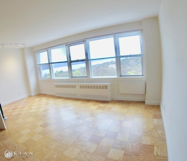 1 Bedroom, Riverdale Rental in NYC for $2,378 - Photo 2