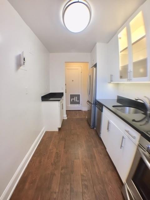 1 Bedroom, Woodside Rental in NYC for $1,866 - Photo 2