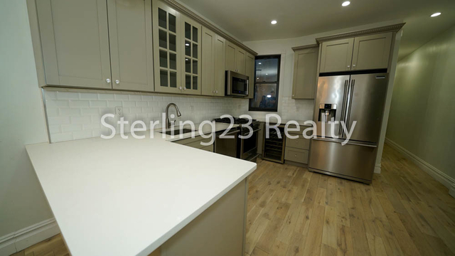 3 Bedrooms, Astoria Rental in NYC for $3,500 - Photo 2