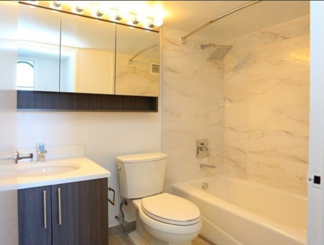 Studio, Financial District Rental in NYC for $2,499 - Photo 2