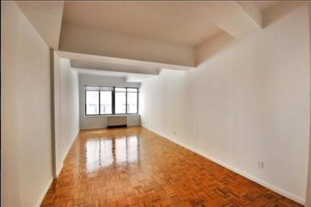 2 Bedrooms, Financial District Rental in NYC for $5,220 - Photo 2