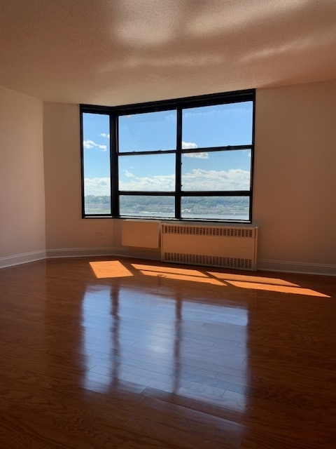 2 Bedrooms, Manhattanville Rental in NYC for $2,975 - Photo 1