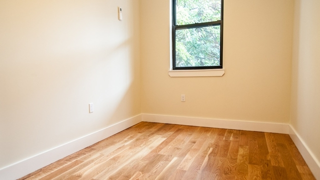 4 Bedrooms, Bushwick Rental in NYC for $4,000 - Photo 2