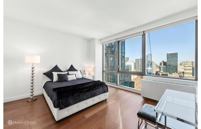 Studio, Chelsea Rental in NYC for $3,210 - Photo 1