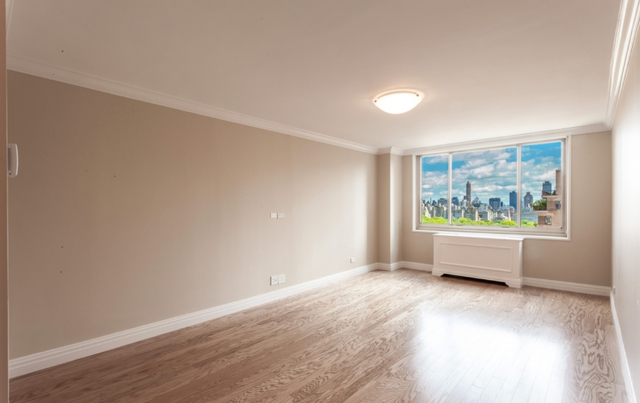 1 Bedroom, Lincoln Square Rental in NYC for $4,699 - Photo 1