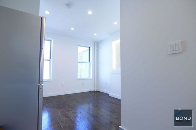 Studio, East Village Rental in NYC for $2,300 - Photo 2