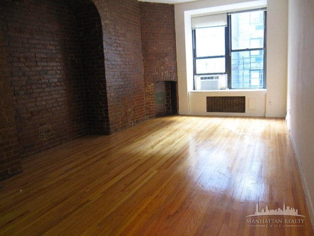 Studio, Theater District Rental in NYC for $2,400 - Photo 1