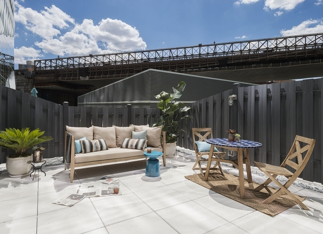 2 Bedrooms, DUMBO Rental in NYC for $6,004 - Photo 2