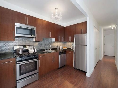 Loft, Financial District Rental in NYC for $3,400 - Photo 2