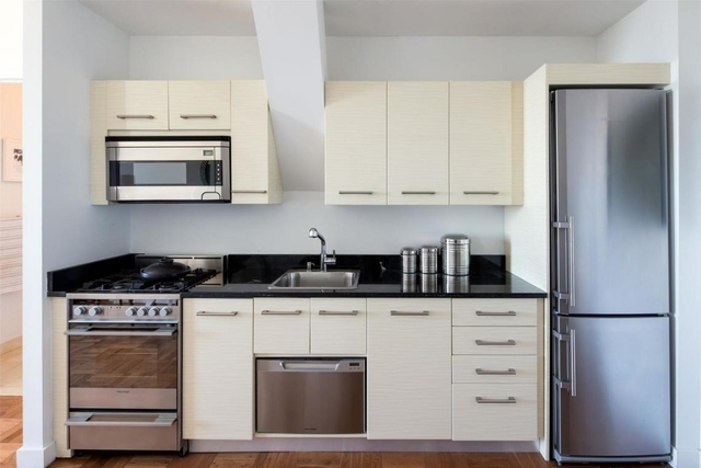 Loft, Financial District Rental in NYC for $3,050 - Photo 2