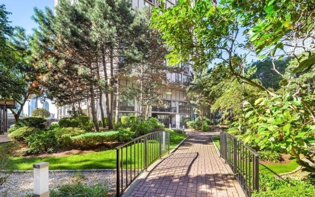 2 Bedrooms, Battery Park City Rental in NYC for $6,205 - Photo 2