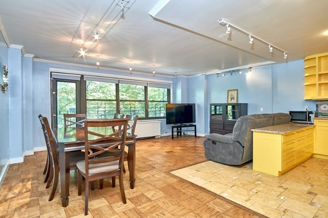 2 Bedrooms, Lincoln Square Rental in NYC for $5,800 - Photo 1