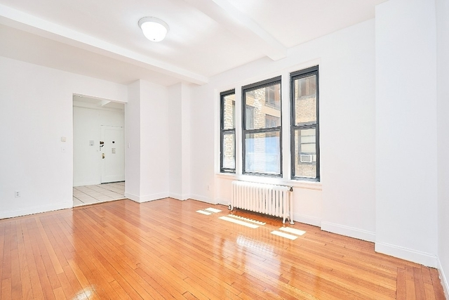 1 Bedroom, Turtle Bay Rental in NYC for $2,842 - Photo 2