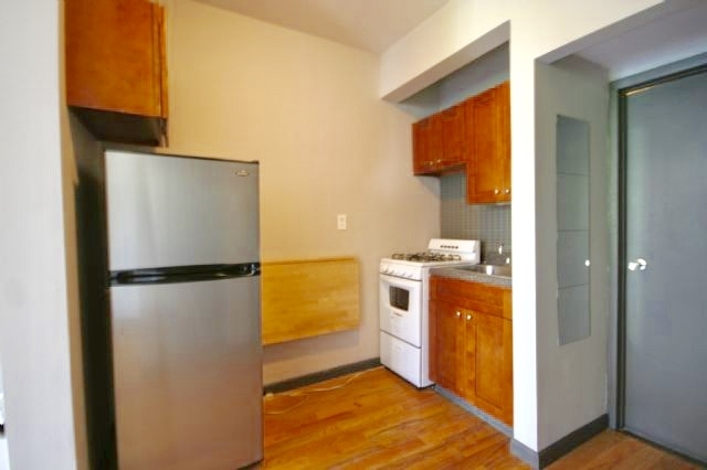 Studio, Lower East Side Rental in NYC for $2,225 - Photo 2