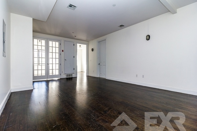 2 Bedrooms, Williamsburg Rental in NYC for $3,900 - Photo 1