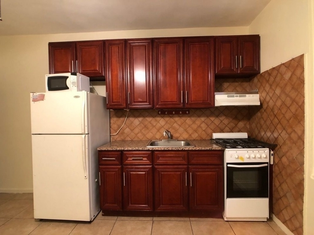 2 Bedrooms, Maspeth Rental in NYC for $1,599 - Photo 1