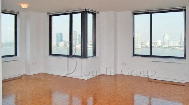 1 Bedroom, Battery Park City Rental in NYC for $3,457 - Photo 1