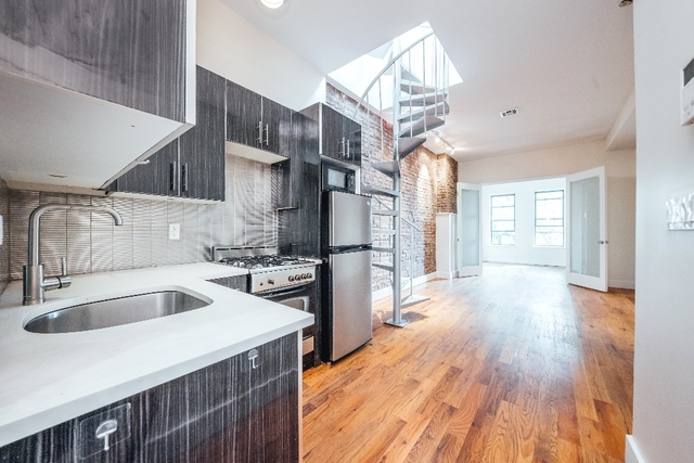3 Bedrooms, Bushwick Rental in NYC for $3,495 - Photo 1