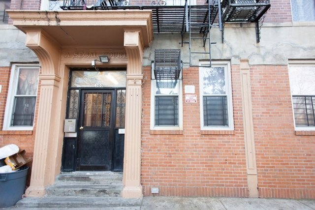 2 Bedrooms, East Williamsburg Rental in NYC for $2,650 - Photo 1