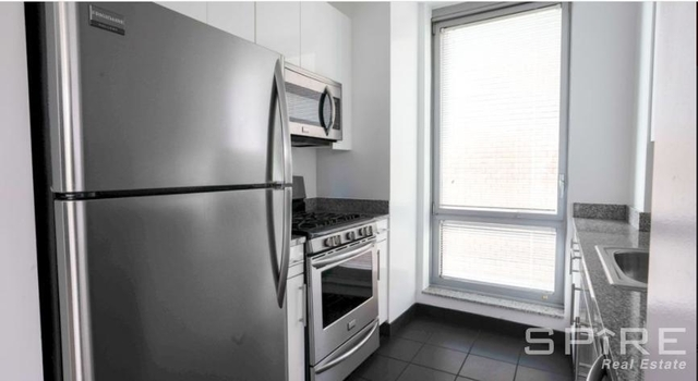 at West 37th Street - Photo 1