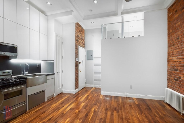 2 Bedrooms, West Village Rental in NYC for $4,978 - Photo 2