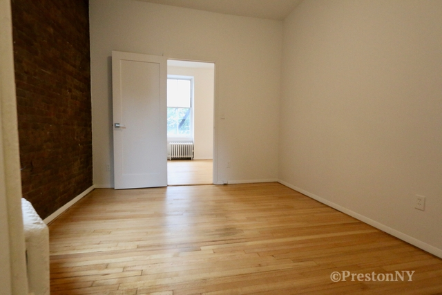 1 Bedroom, SoHo Rental in NYC for $3,125 - Photo 2