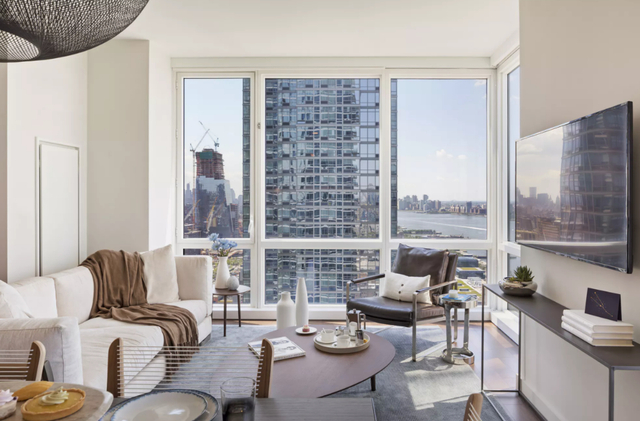 Studio, Hell's Kitchen Rental in NYC for $4,195 - Photo 1