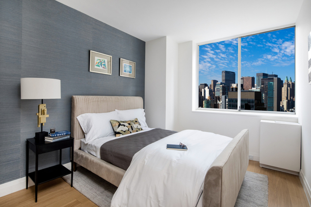 2 Bedrooms, Sutton Place Rental in NYC for $7,000 - Photo 2
