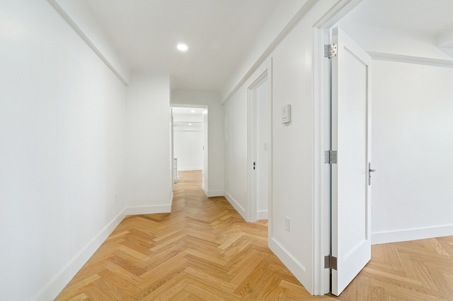 2 Bedrooms, Gramercy Park Rental in NYC for $8,100 - Photo 2