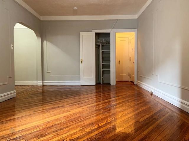 Studio, Sunnyside Rental in NYC for $1,850 - Photo 2