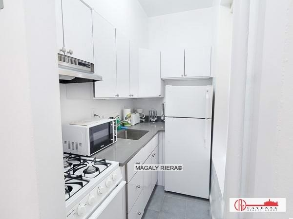 3 Bedrooms, East Village Rental in NYC for $3,625 - Photo 2