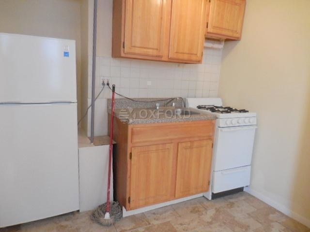 1 Bedroom, West Village Rental in NYC for $2,815 - Photo 2