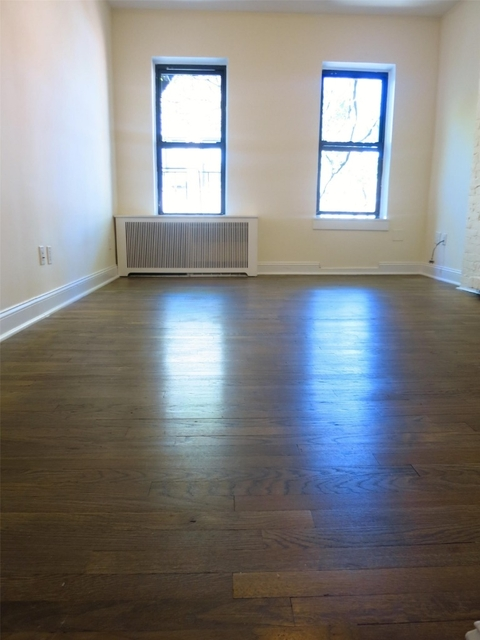 Studio, Yorkville Rental in NYC for $2,175 - Photo 1