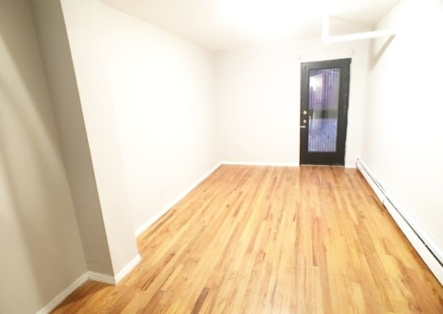 2 Bedrooms, East Village Rental in NYC for $3,475 - Photo 2