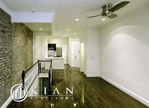 Studio, Yorkville Rental in NYC for $3,712 - Photo 2